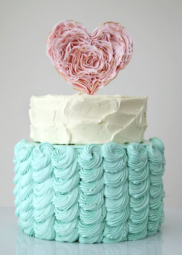 Blue tiffany and pink cake