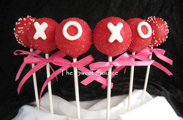 valentine's day cake, v day cookie, v day cake