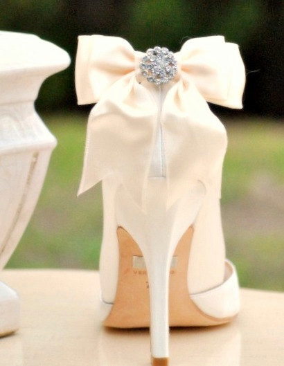 shoe clips, shoe accessories, wedding shoes
