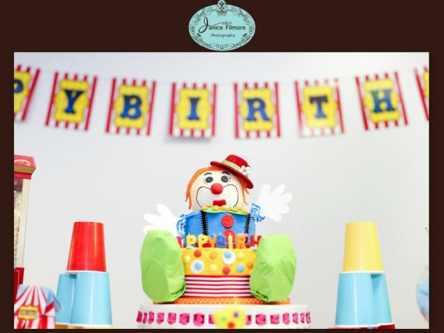 clown cake, carnival party, circus theme party, first birthday, carnival