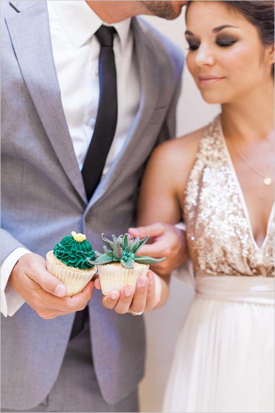 cactus, succelent wedding, cacti, cactus cupcakes, peach