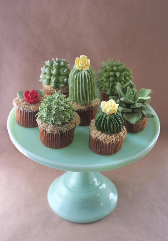 diy cactus cupcake, cacti cupcakes, desert cupcakes