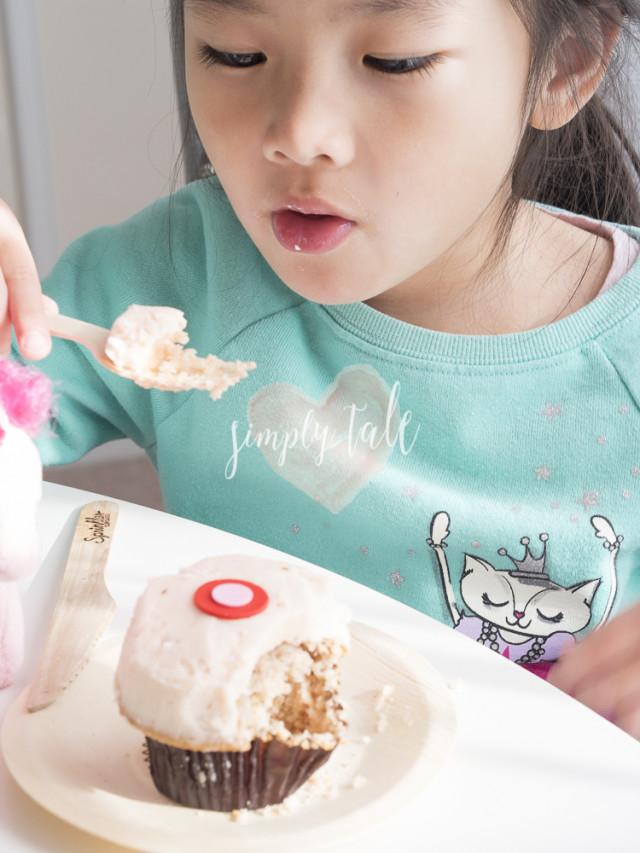 brown bag, sprinkle, cupcake, sprinkle cupcake, dessert, atlanta, hangout place, lenox mall