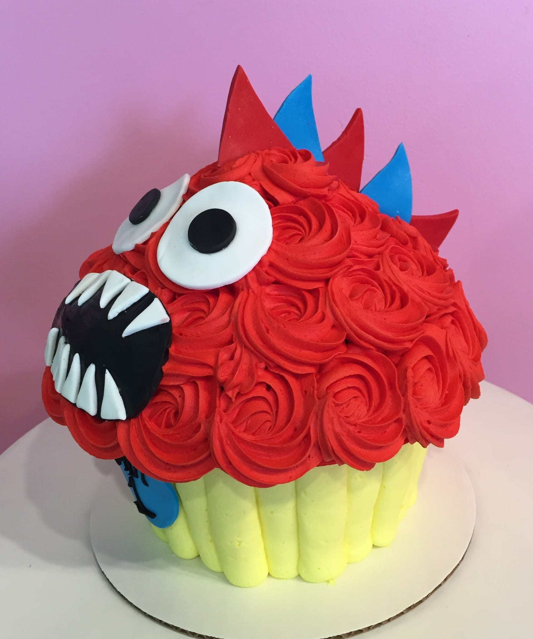 Giant Cupcake Cake Simply Tale