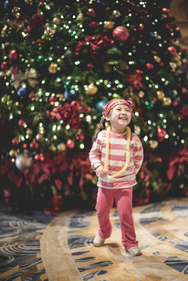 happy girl, disney, christmas