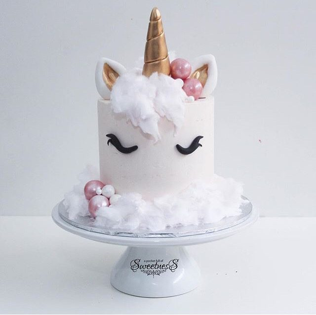 donut, popsicle, unicorn, birthday party, unicorn cake, diy unicorn party, semi homemade, macaron