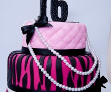 Channel+Inspired+cake+1.jpg