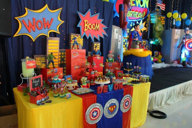 Super Heros The Avangers Party Simply Tale