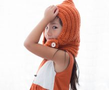 crochet, fall, crochet cowl, orange, fox, atlanta model