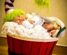 kids photography, hospital moment, baby born, birth, christmas baby, elf