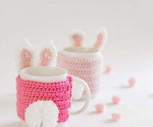 mug cozy, cup sleeve, crochet, bunny, pom pom, easter, mothers day